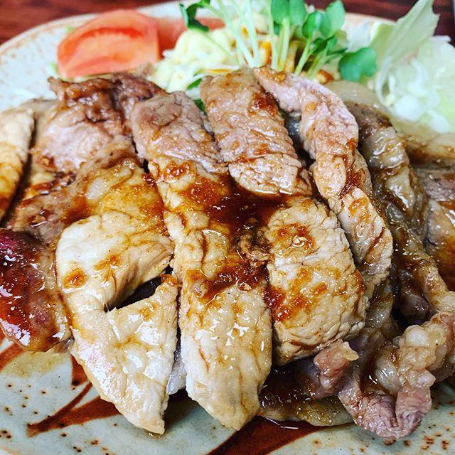 若竹食堂で生姜焼き定食でした️元気と笑顔は、地元から️
